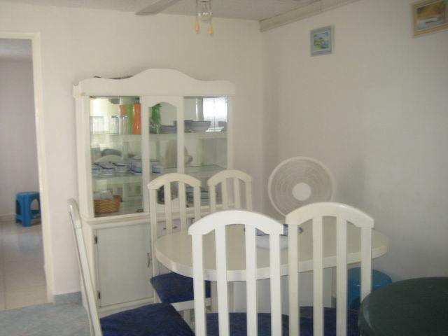 Comedor con vitrina renta vacacional acapulco - Comedor con vitrina ...